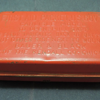 WWII First Aid Packet, U.S. Gov't - CARLISLE MODEL