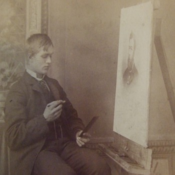 Occupational cabinet card of photographic touch up artist - Photographs