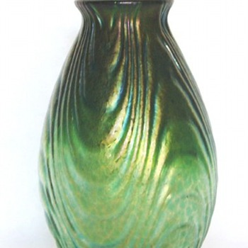 Loetz Esmeralda - a new decor identified - Art Glass