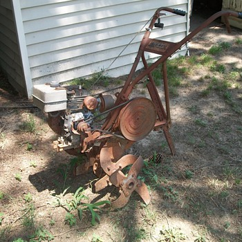 Vintage Garden Tiller-not sure of the year - Tools and Hardware