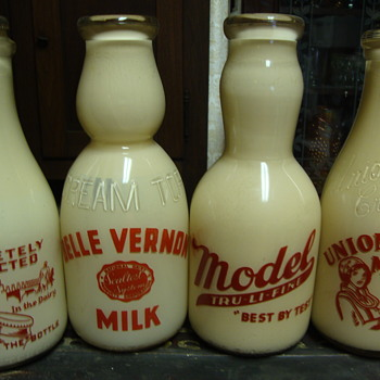 Display/Salesman Sample Milk Bottles......
