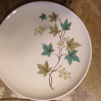 Plate/Dishes set