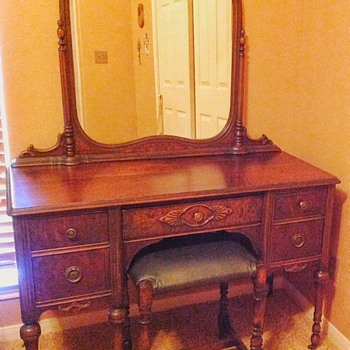 Antique (?) vanity