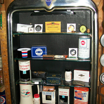 1929 Chevrolet radiator display shelf
