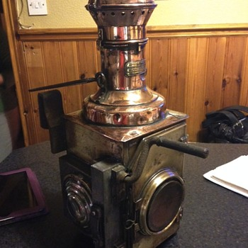 Unusual Oil Lamp possibly Railway French help needed to I D it