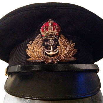 Royal Navy officer's hat with brass buttons - Military and Wartime