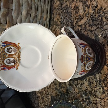 1930's English tea cup and saucer