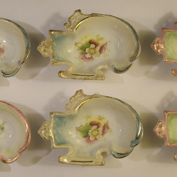 Individual Ornate Porcelain Salt Dishes From Japan - China and Dinnerware