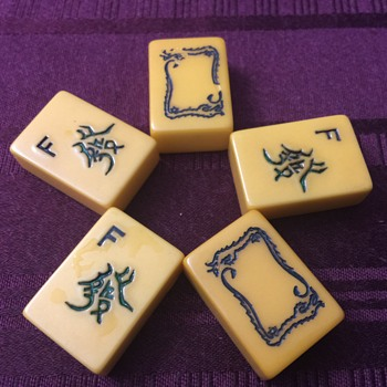 Mahjong tiles - Games