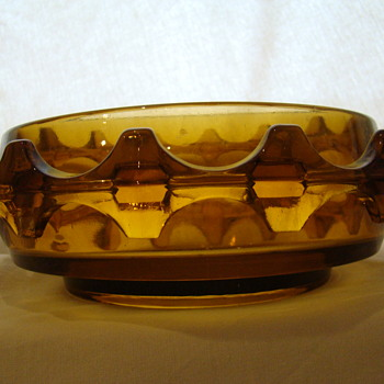 'Diatret' line bowl ,box /lidded bowl and vase - Art Glass
