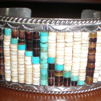 Zuni(?) Hishi Bead Bracelet
