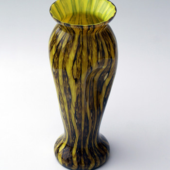 WELZ Zig Zag Lines Vase