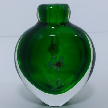 small Green vase with flowers