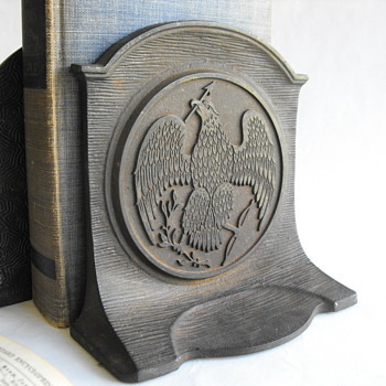 Heavy Eagle Bookends