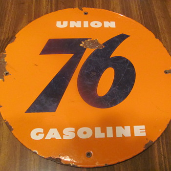 Union 76 porcelain gas pump plate - Petroliana