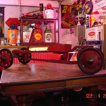 "1930's Parsons Modern Speedy Gear Propelled ""IRISH MAIL"" Car - Toys"