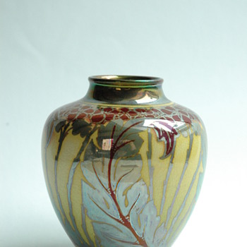 PILKINGTON'S ROYAL LANCASTRIAN lustre pottery vase by Charles Cundal, 1909
