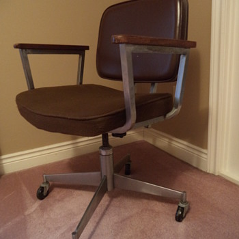Vintage Doerner Office  Swivel Chair