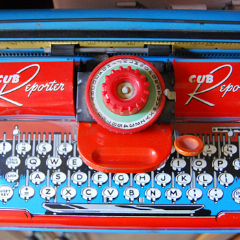 My Vintage Toy Typewriter Collection - Office
