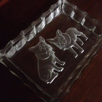 Vintage pressed glass tray of two french bulldogs