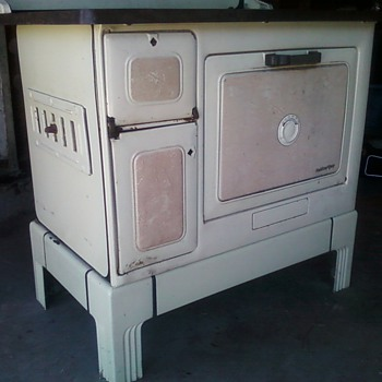 marshall-wells co stove