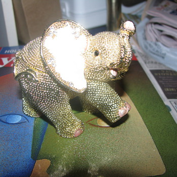 Gold elephant trinket box - Animals