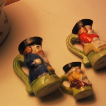 TEENY TOBY MUGS!!  JAPAN. 1-2 INCH, OK 4 DOLLHOUSE BUT BREAKABLE CHINA - Figurines