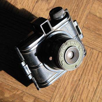  1956 Can-Tex Camera