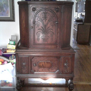 Handcarved Hutch