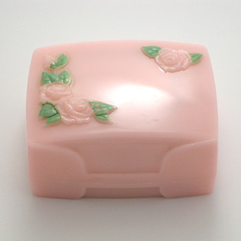 pink roses ring box