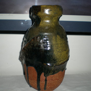 Unique pottery vase - Pottery