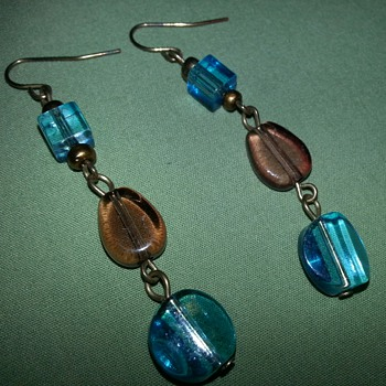 Another Beautiful Pair of Dangling Earrings - Costume Jewelry