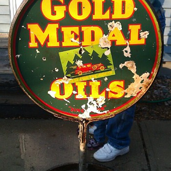 porcelain gold medal oil sign - Signs
