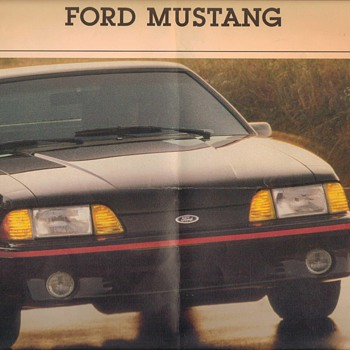 1988 Ford Mustang GT Sales Brochure - Advertising