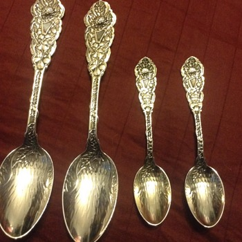 Liberty and law spoon dec 19 1891 - Sterling Silver