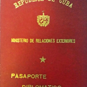 1961 Cuban Diplomatic passport - Paper