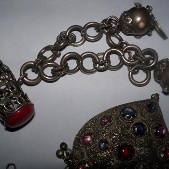Estrucan bracelet