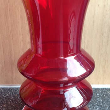 Riihimaki Lasi Oy Red Hooped Vase
