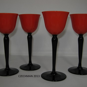 POSSIBLY LOETZ RED TANGO LONG STEMMED COCKTAIL GLASSES - Art Glass