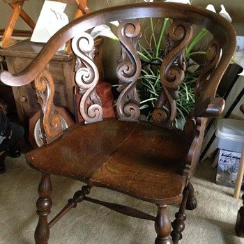 Early American Arm Chair - Furniture