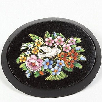 Classic Micro Mosaic Bird and Bunch of Flower brooch - Fine Jewelry