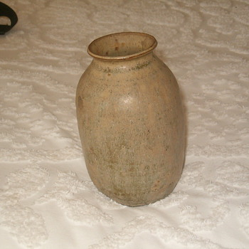 Primitive pottery Vase