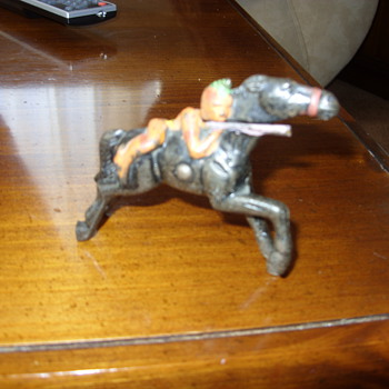 metal indian on horse - Toys
