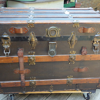 Flat top trunk late 1800s (my baby!)