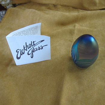 Eickholt Glass paperweight - Art Glass