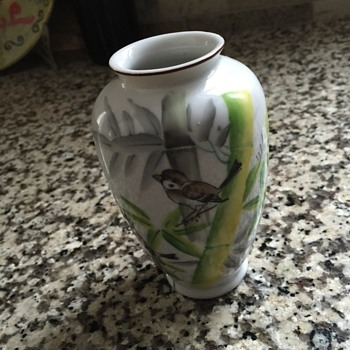 Mini hand painted vase - occupied Japan  - China and Dinnerware