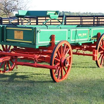 Vintage John Deere Farm Wagon - Tractors