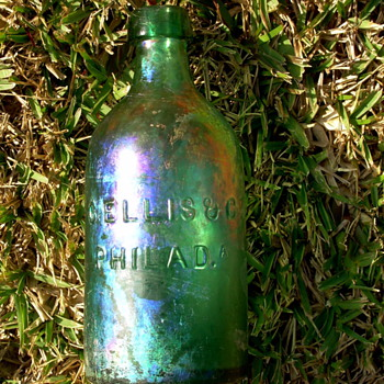 *****Old  pontiled mineral water bottle.*****