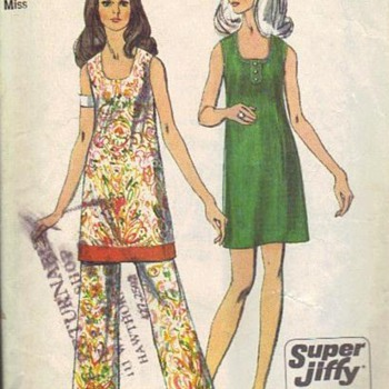 Some Retro 70s Groovy Favorites of mine - Sewing