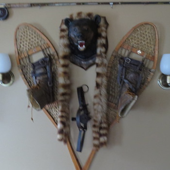 Old snow shoes ..a trap and other things - Sporting Goods